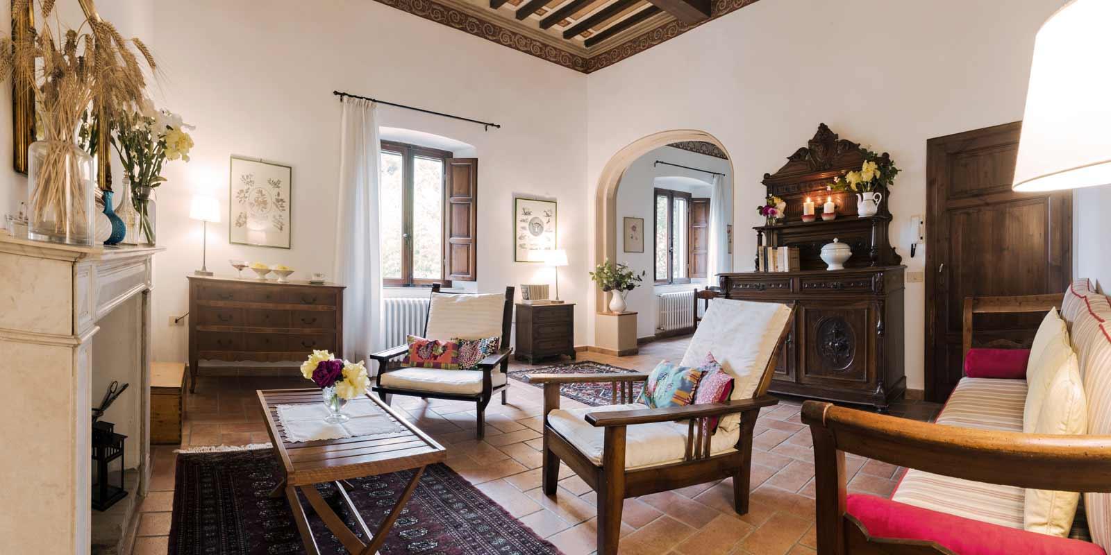 villa-santa-giulia-maremma-toscana-piombino-dimora-epoca-agriturismo-vacanze-soggiorno-prenotazione-parco-natura-verde-rose-giardino-41
