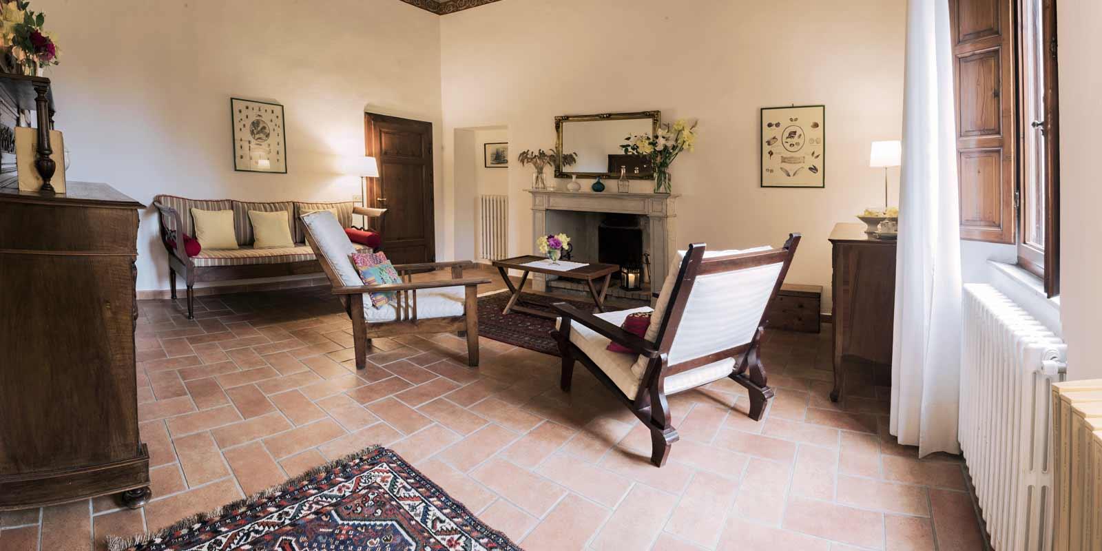 villa-santa-giulia-maremma-toscana-piombino-dimora-epoca-agriturismo-vacanze-soggiorno-prenotazione-parco-natura-verde-rose-giardino-42